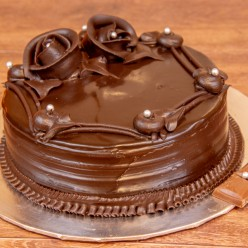 CHOCOLATE TRUFFLE CAKE 1/2 KG